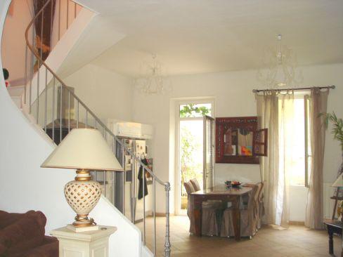 Vente maison de village appartement t4 jardin garage marseille 13eme 13013 chateau gombert