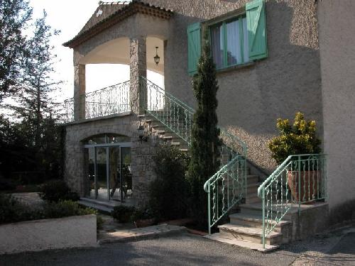 Location villa t7 plan de cuques 13380