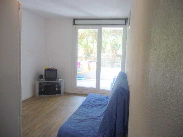 Location Appartement T1 MARSEILLE 14EME LE MERLAN DANS RESIDENCE FERMEE - PROCHE DES FACULTES - TERRASSE - POSSIBILITE GARAGE EN SOUS SOL