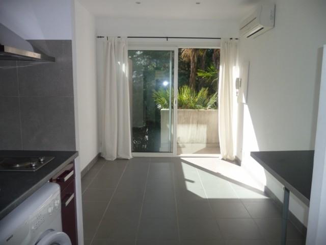 Location Appartement T1 MARSEILLE 4EME BLANCARDE DANS PROPRIETE PRIVEE - 20m² - AU CALME - CLIMATISATION REVERSIBLE