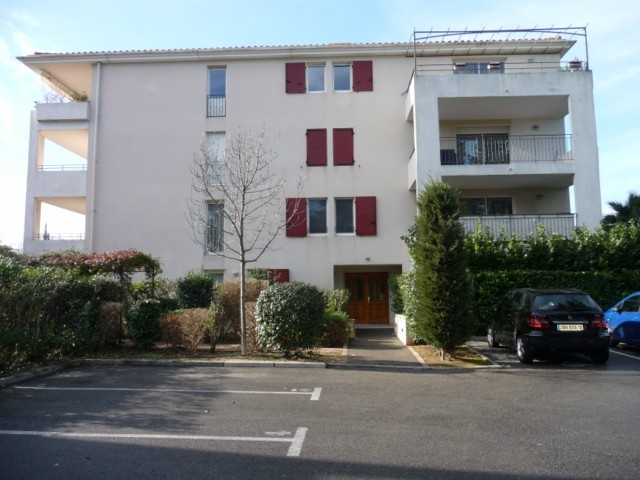 Location Appartement T3 MARSEILLE  13EME TECHNOPOLE CHATEAU GOMBERT DANS RESIDENCE FERMEE RECENTE - 2EME ETAGE - ASC - TERRASSE 14m² - GARAGE - PLACE DE PARKING