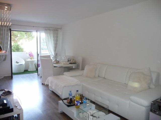 Location Appartement T3 MARSEILLE 13013 ST JEROME A LOUER - RESIDENCE FERMEE AVEC PISCINE TENNIS ET GARDIEN - 1ER ETAGE - ASC - BALCON