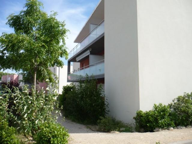 Location Appartement T2 MARSEILLE 13014 SAINTE MARTHE A LOUER - RESIDENCE FERMEE RECENTE - 1ER ETAGE - ASCENSEUR - TERRASSE - GARAGE DOUBLE