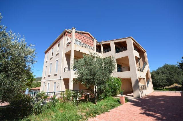 Location Appartement T2 ALLAUCH 13190 LOGIS NEUF A LA LOCATION -  RESIDENCE FERMEE RECENTE - 1ER ETAGE - 2 TERRASSES - PARKING PRIVE