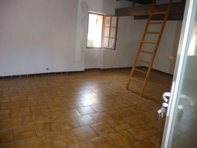 Location Appartement T1 ALLAUCH A LOUER - A PROXIMITE DU VILLAGE - AU CALME
