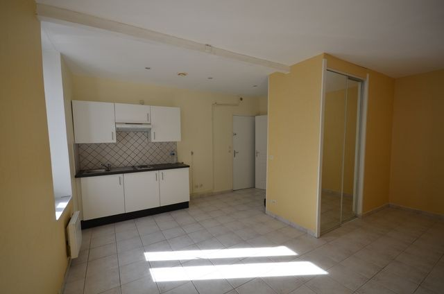 Location Appartement T1 MARSEILLE 5EME CHAVE A LA LOCATION - PROXIMITE FACULTE LA TIMONE