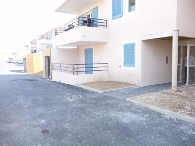 Location Appartement T2 MARSEILLE 13EME TECHNOPOLE CHATEAU GOMBERT A LAL LOCATION -  RESIDENCE FERMEE RECENTE - RDC - BALCON - 2 PARKINGS
