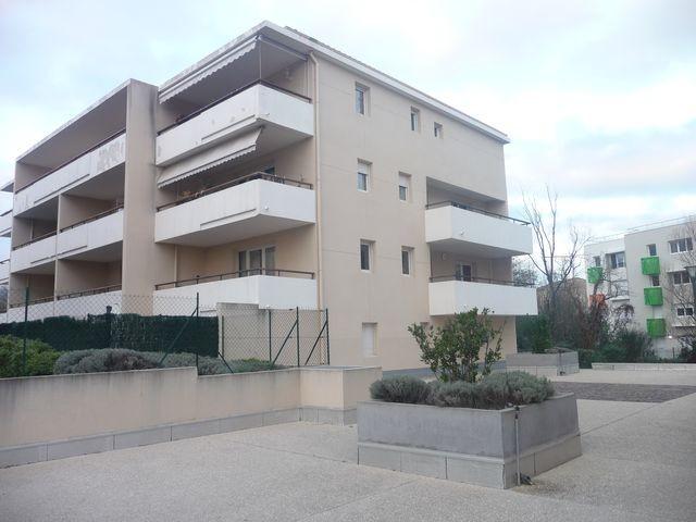 Location Appartement T2 MARSEILLE 13EME TECHNOPOLE CHATEAU GOMBERT A LA LOCATION - RESIDENCE FERMEE RECENTE - 2EME ETAGE - ASCENSEUR - TERRASSE - GARAGE - PARKING