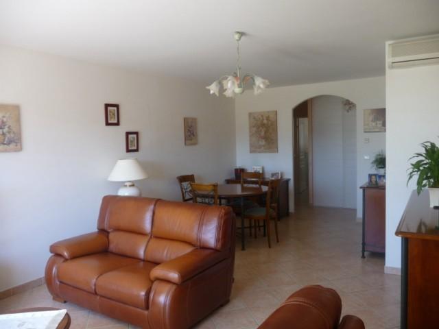 Vente Appartement T3 MARSEILLE 12EME LES TROIS LUCS DANS PETITE RESIDENCE FERMEE - TERRASSE 58m² - VUE DEGAGEE - AU CALME - GARAGE - PARKING - PROX. COMMODITES