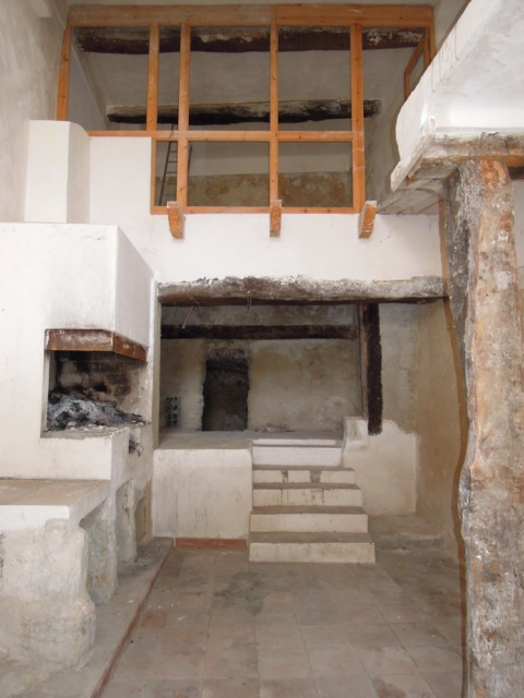 Vente Appartement T3 AIGUINES 83 DUPLEX A RENOVER PROXIMITE LAC STE CROIX