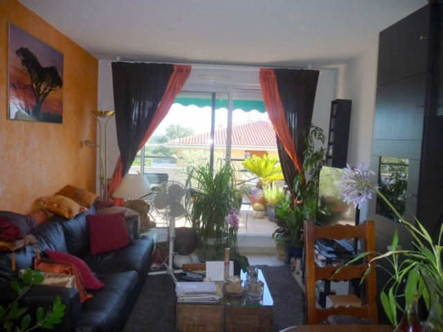Vente Appartement T2 MARSEILLE 13EME CHATEAU GOMBERT TECHNOPOLE DANS RESIDENCE FERMEE RECENTE - 3EME ET DERNIER ETAGE - ASC - TERRASSE - PARKING