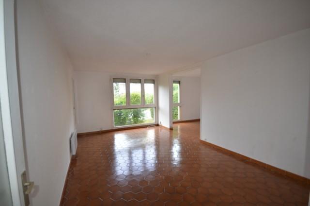 Vente Appartement T3/4 MARSEILLE 13013 LES OLIVES A LA VENTE - RESIDENCE FERMEE - RDC  - LOGGIA - PROXIMITE  TOUTES COMMODITES