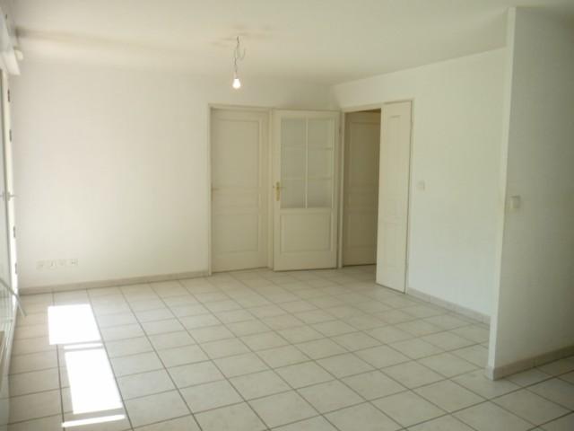 Vente Appartement T2 MARSEILLE 13013 SAINT JEROME A LA VENTE - RESIDENCE FERMEE RECENTE - REZ DE JARDIN - TERRASSE - CAVE