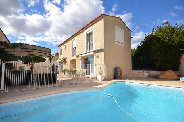 Transactions villa t4 5 f4 5 marseille 13eme technopole for Prix piscine 10x4