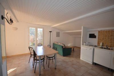 Location Location saisonnière de gîtes en appartement T2 MARJOLAINE à 2 mn à pieds du Lac de Sainte Croix à proximité des Gorges du Verdon