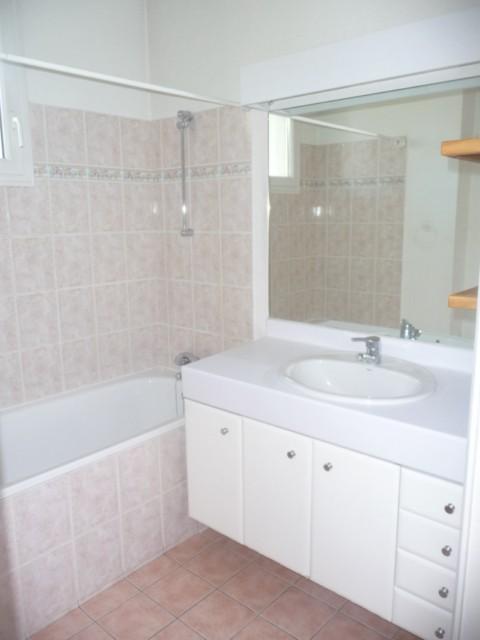 Location Appartement T2 MARSEILLE 13EME TECHNOPOLE CHATEAU GOMBERT A LOUER -  RESIDENCE FERMEE RECENTE - 2EME ET DERNIER ETAGE - CUISINE EQUIPEE - TERRASSE 22m² - GARAGE DOUBLE