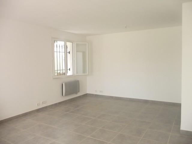 Location Appartement T3 MARSEILLE 12EME LES 3 LUCS DANS BAS DE VILLA - REFAIT A NEUF - 150m² JARDINET - 2 PARKINGS - PROX. TT COMMODITES