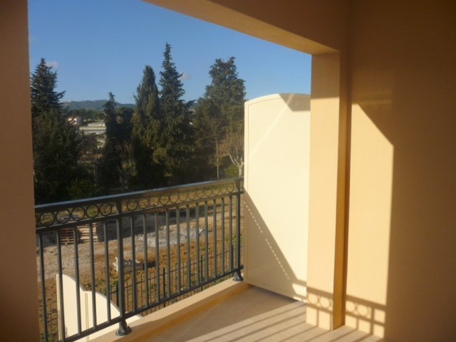 Location Appartement T2 ALLAUCH LA VERTE A LA LOCATION - RESIDENCE RECENTE - 1ER ETAGE - ASCENSEUR - TERRASSE - AU CALME