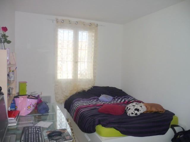 Location Appartement T4 ALLAUCH PIE D'AUTRY DANS RESIDENCE - REZ DE JARDIN - CUISINE EQUIPEE - PROCHE TOUTES COMMODITES
