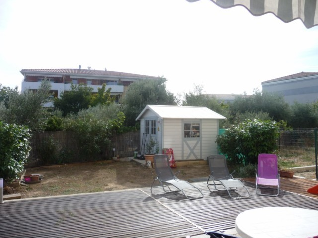 Location Appartement T3 MARSEILLE 13013 TECHNOPOLE CHATEAU GOMBERT A LA LOCATION - RESIDENCE FERMEE RECENTE - REZ DE JARDIN - CUISINE US EQUIPEE - TERRASSE - JARDINET - 2 PLACES PARKINGS PRIVATIVES