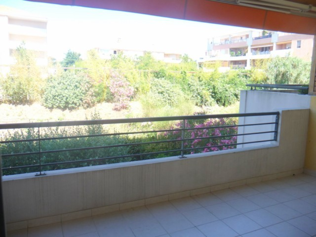 Location Appartement T3 MARSEILLE 13013 TECHNOPOLE CHATEAU GOMBERT A LA LOCATION - RESIDENCE FERMEE RECENTE - 1ER ETAGE - TERRASSE - GARAGE - 2 PARKINGS