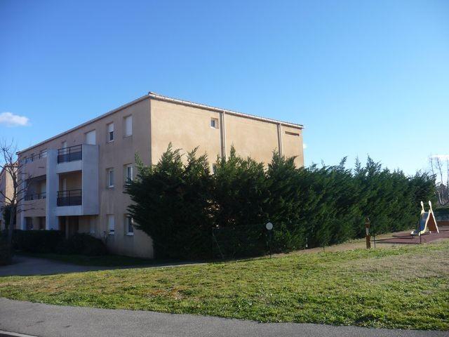Location Appartement T4 MARSEILLE 13EME CHATEAU GOMBERT A LOUER -  RESIDENCE FERMEE RECENTE - REZ DE JARDIN - TERRASSE - 2 GARAGES - CCIG - PROCHE VILLAGE