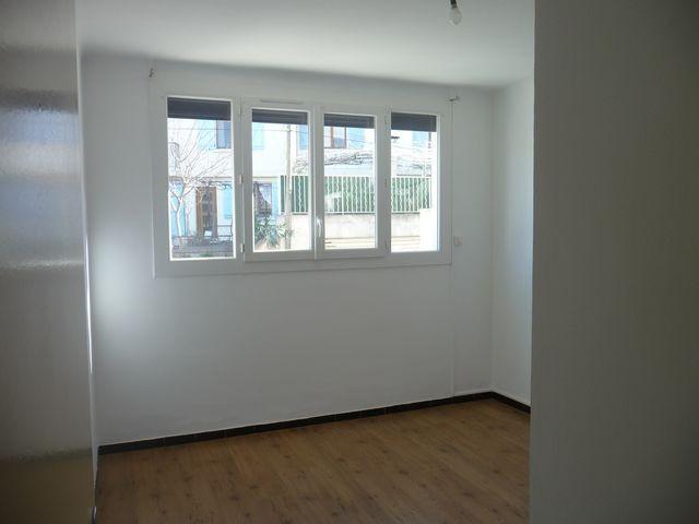 Location Appartement T3 MARSEILLE 13EME LA ROSE A LA LOCATION - RESIDENCE LES VIEUX CYPRES - REZ DE CHAUSSEE SURELEVE - BALCON - LOGGIA - CAVE