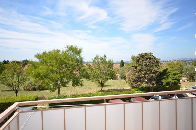 Location Appartement T1 ALLAUCH 13190 A LA LOCATION - RESIDENCE FERMEE - BALCON - CAVE - FACILITE STATIONNEMENT