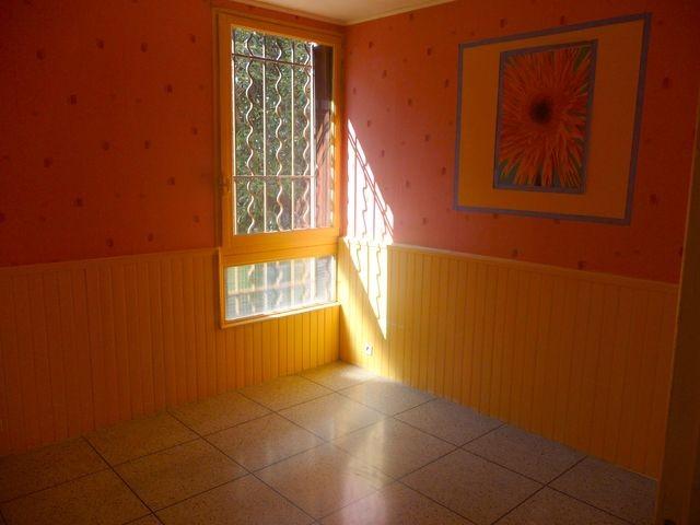 Location Appartement T3 MARSEILLE 12EME LES CAILLOLS A LOUER - RESIDENCE FERMEE ARBOREE AVEC GARDIEN - RDC SURELEVE - CAVE - 2 LOGGIAS