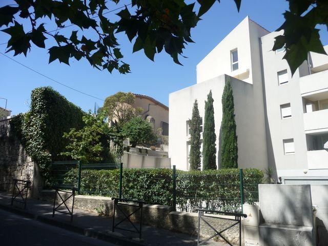 Location Appartement T3 MARSEILLE 13EME AU COEUR DU VILLAGE DE CHATEAU GOMBERT A LOUER - RESIDENCE FERMEE RECENTE - DUPLEX - 3EME ET DERNIER ETAGE AVEC ASCENSEUR - TERRASSE - GARAGE
