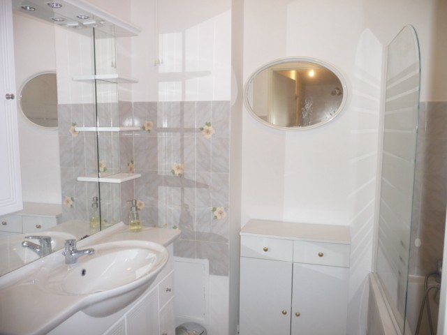 Vente Appartement T4 MARSEILLE 13EME SAINT JEROME DANS RESIDENCE FERMEE  - JARDINET - TERRASSE - BALCON - PARKING - PROXIMITE COMMODITES