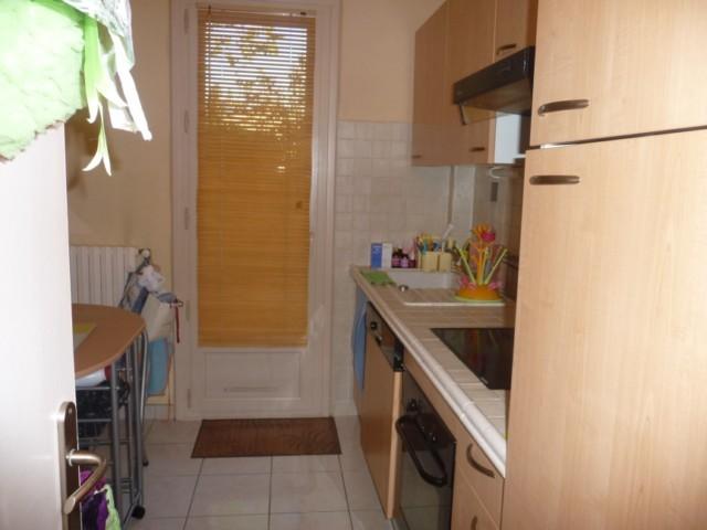 Vente Appartement T3 PLAN DE CUQUES DANS PETITE RESIDENCE - RDC SURELEVE - FACILITE STATIONNEMENT - PROX. BUS