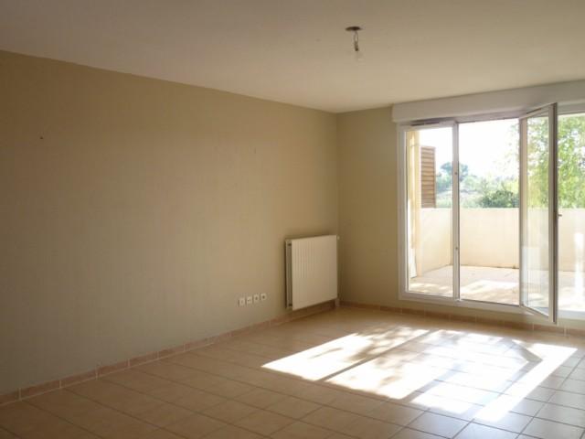 Vente Appartement T3 MARSEILLE 13EME TECHNOPOLE CHATEAU GOMBERT RESIDENCE FERMEE RECENTE - 2 TERRASSES - NOMBREUX RANGEMENTS - 2 PARKINGS PRIVES