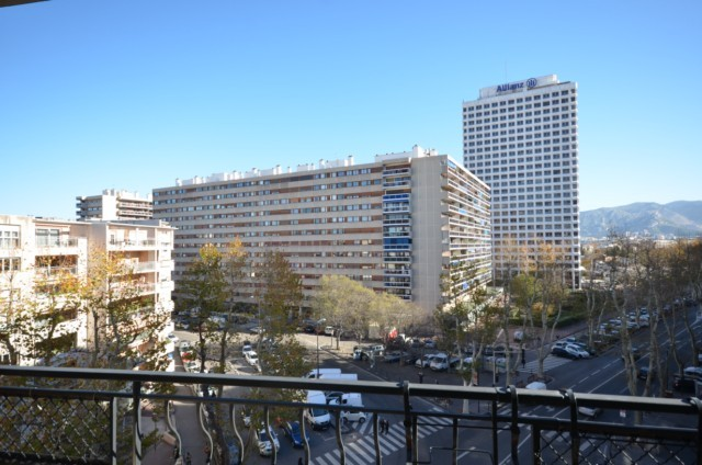 Ventes appartement t3 f3 marseille 6eme avenue cantini for T3 marseille vente