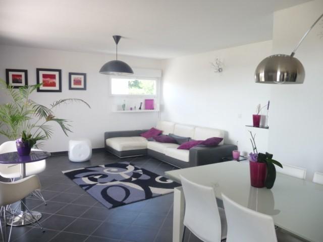 Vente Appartement T4 MARSEILLE 13013 ST MITRE A LA VENTE - RESIDENCE FERMEE STANDING AVEC PISCINE - 2EME ET DERNIER ETAGE - ASC - TERRASSE 60m² - 2 GARAGES