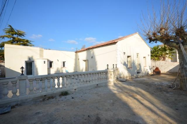 Ventes villa t5 t2 f5 t2 marseille 13013 chateau for Vente t2 marseille