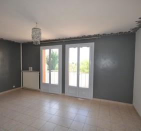 Vente Appartement T1 ALLAUCH PROXIMITE VILLAGE A LA VENTE - RESIDENCE FERMEE AU CALME - 1ER ETAGE - BALCON - CAVE