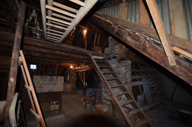 Vente maison de village T8 LE LAUZET EN UBAYE PROXIMITE BARCELONNETTE 04 A LA VENTE - GRANDE MAISON DE VILLAGE A 150m² DU LAC